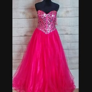 Dresses & Skirts - New pink beaded tulle corset prom gown dress XL